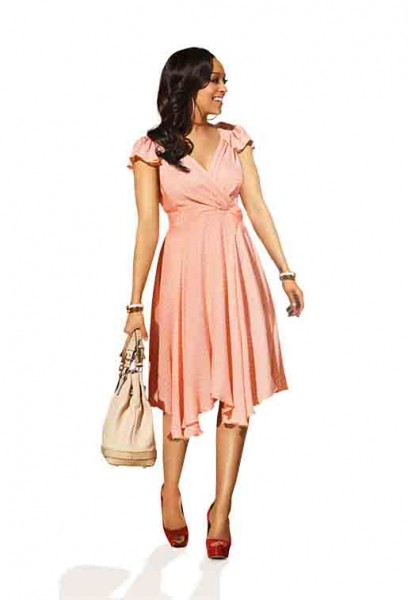 Tia Mowry On The Style Network Champagne And Heels