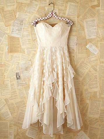 Free People White Lace Vintage Dress | Champagne and Heels