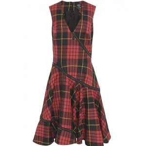 plaid dress mcq