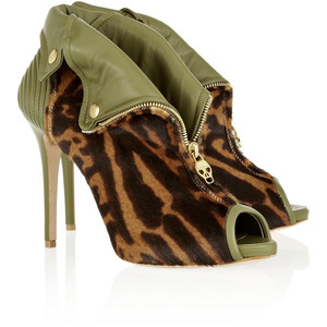 olive mcqueen boots